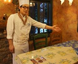 山本 温 ( 店長 キッチンサブチーフ )