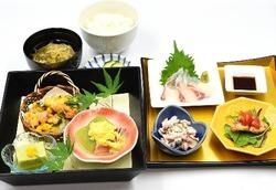 ★7月の松花堂弁当と東山御膳(※写真)★